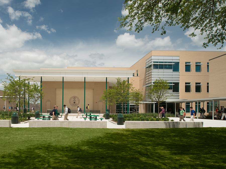Strake Jesuit College Preparatory STEM Building